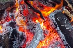 ...Feuerchen zu machen.
